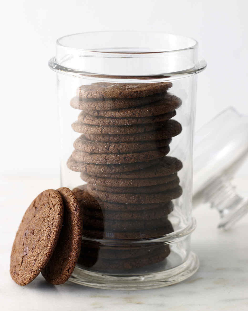 chewy-chocolate-molasses-cookies-mhlb2004.jpg