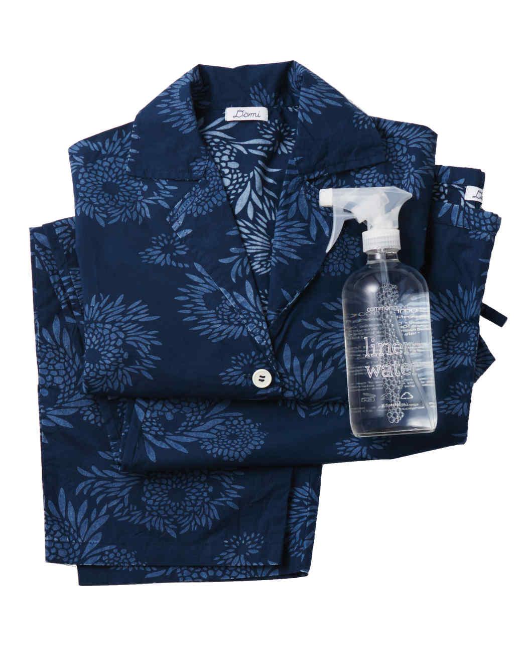 domi-pajamas-with-linen-water-188-d112494.jpg
