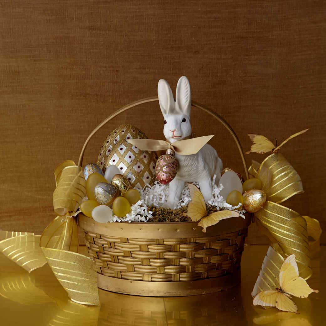The Bright Touch: Nine Colorful Easter Centerpieces
