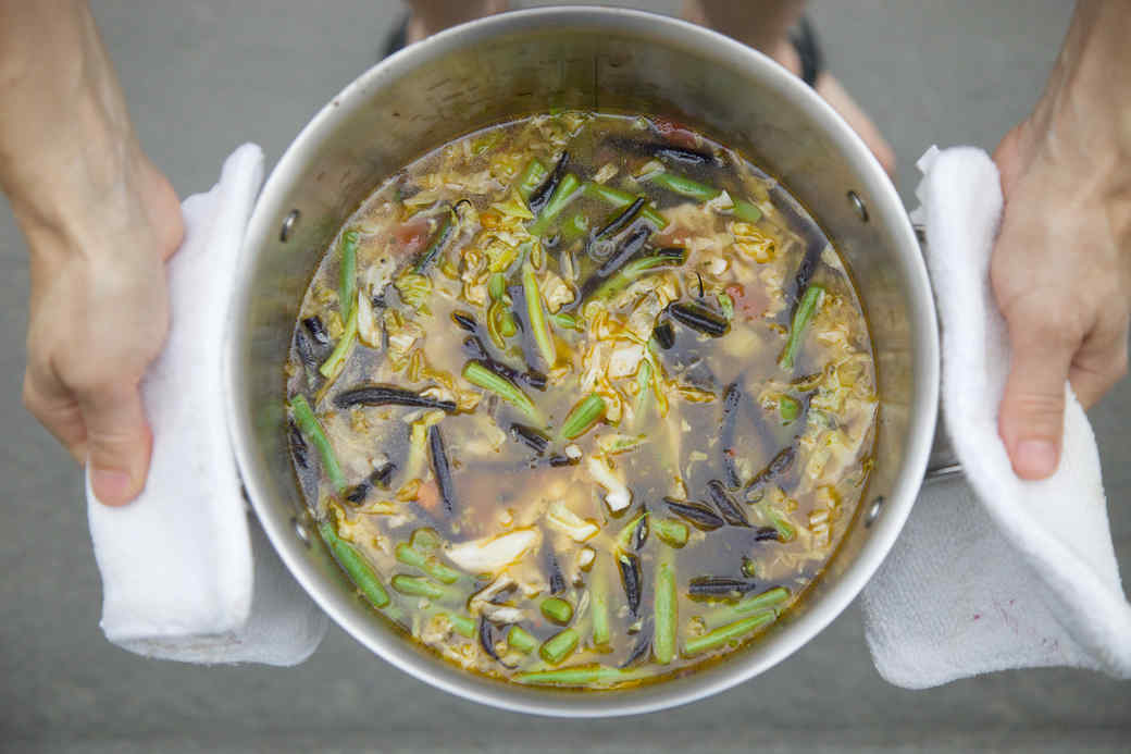 martha_stewarts_one-pot_minestrone_recipe.jpg