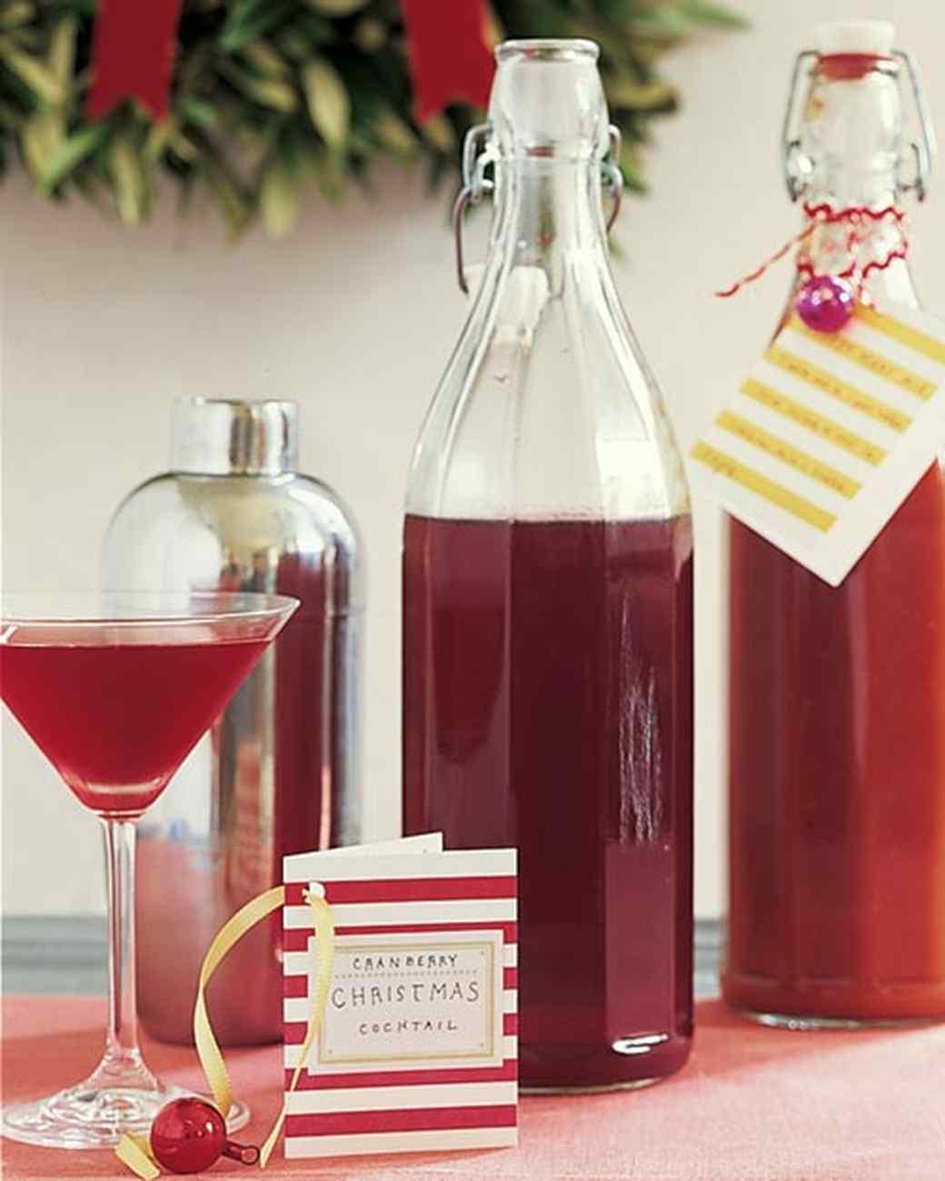 mla101408_30_1205_cranberry_cocktail_mixer.jpg