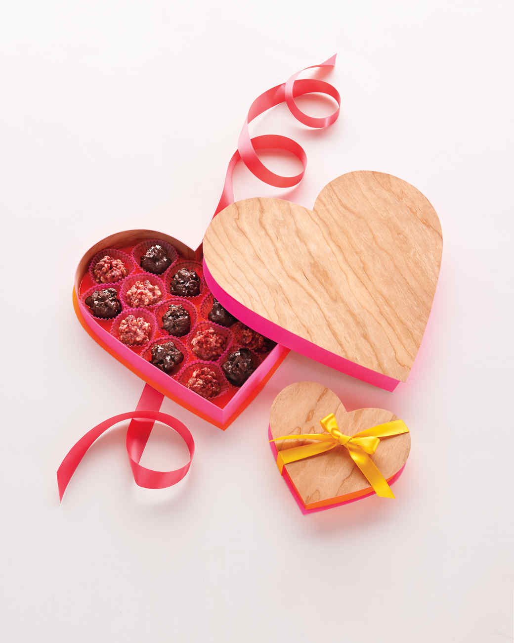 valentines-day-01-heart-boxes-0078-d111638.jpg
