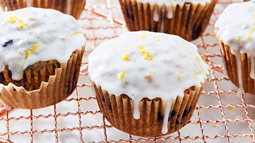 wild blueberry oat muffins