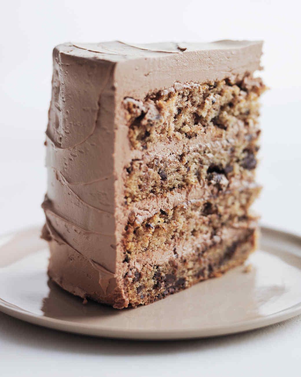 chocolate-flecked-layer-cake-slice-md109612.jpg