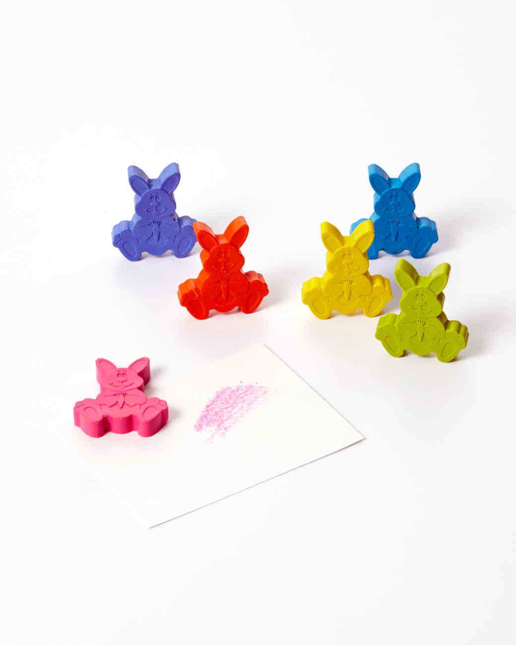 crafty-girl-bunny-crayons-2858-d112789-0116.jpg