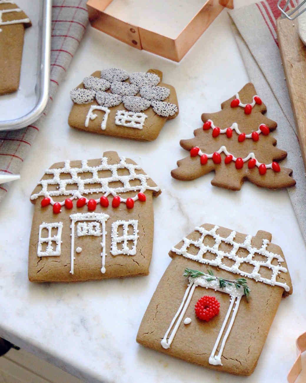 gingerbread-house-cookie-jennysteffens-1115.jpg