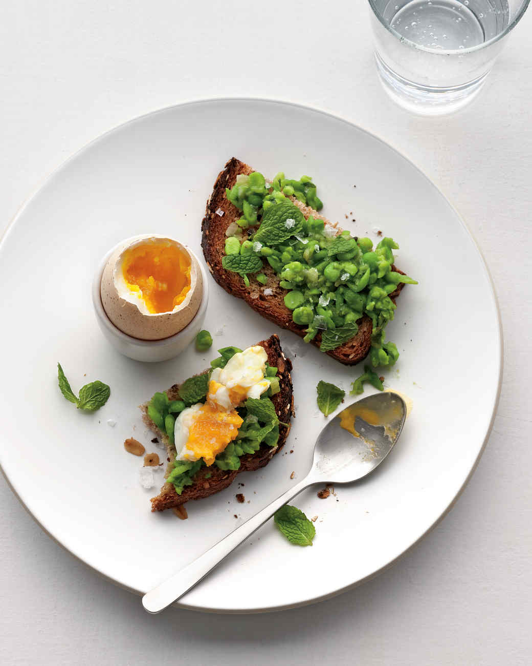 soft-boiled-egg-mashed-peas-toast-mbd108463.jpg