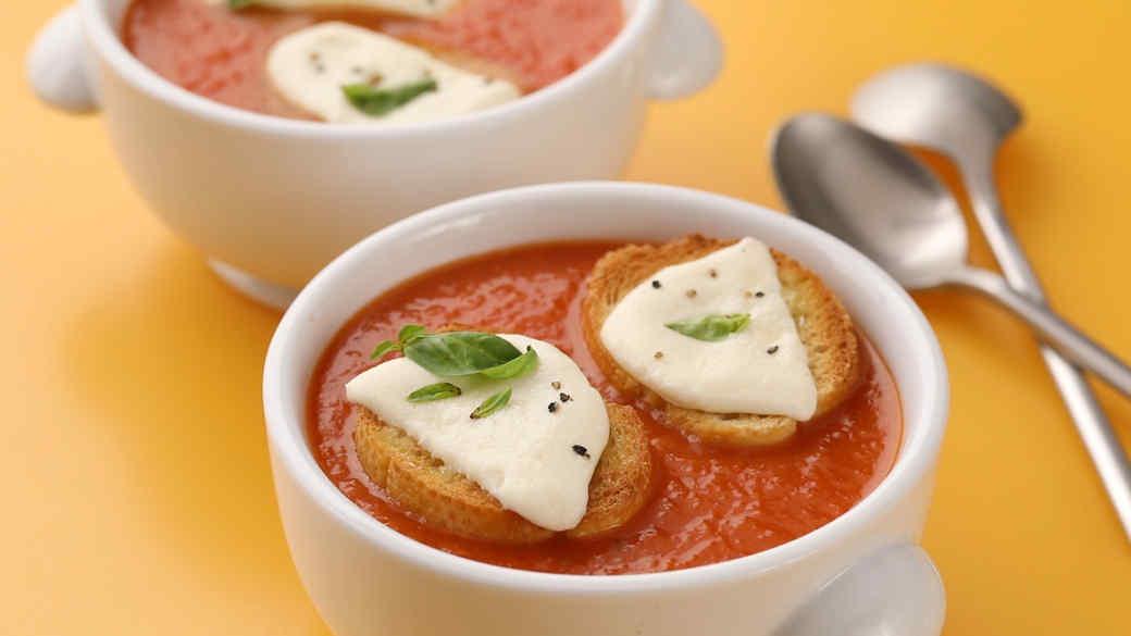 Tomato Soup with Mozzarella Toasts