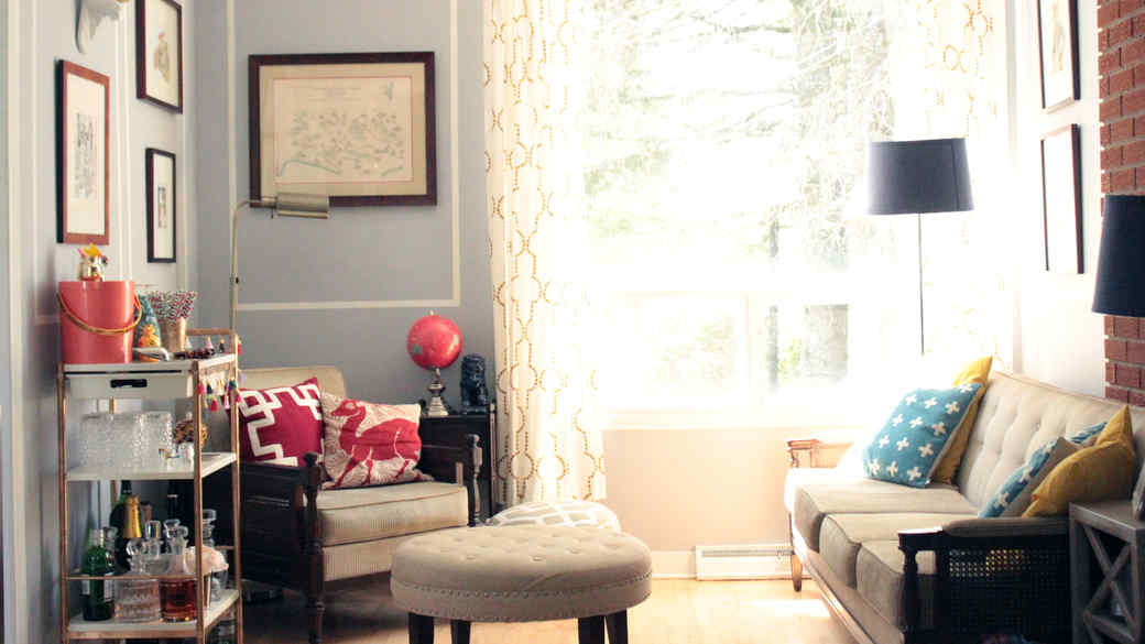A Jaw-Dropping 36-Hour Sitting-Room Makeover
