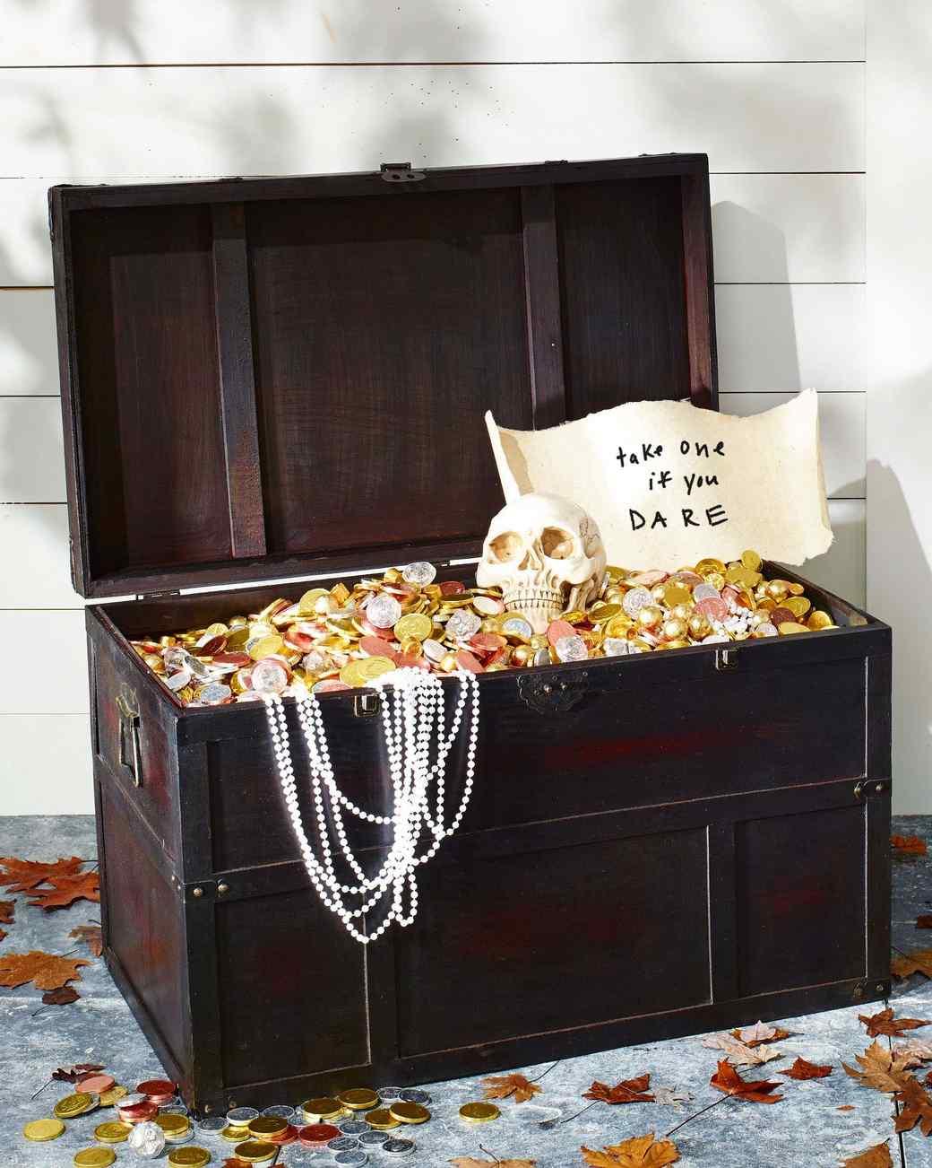 halloween treasure chest