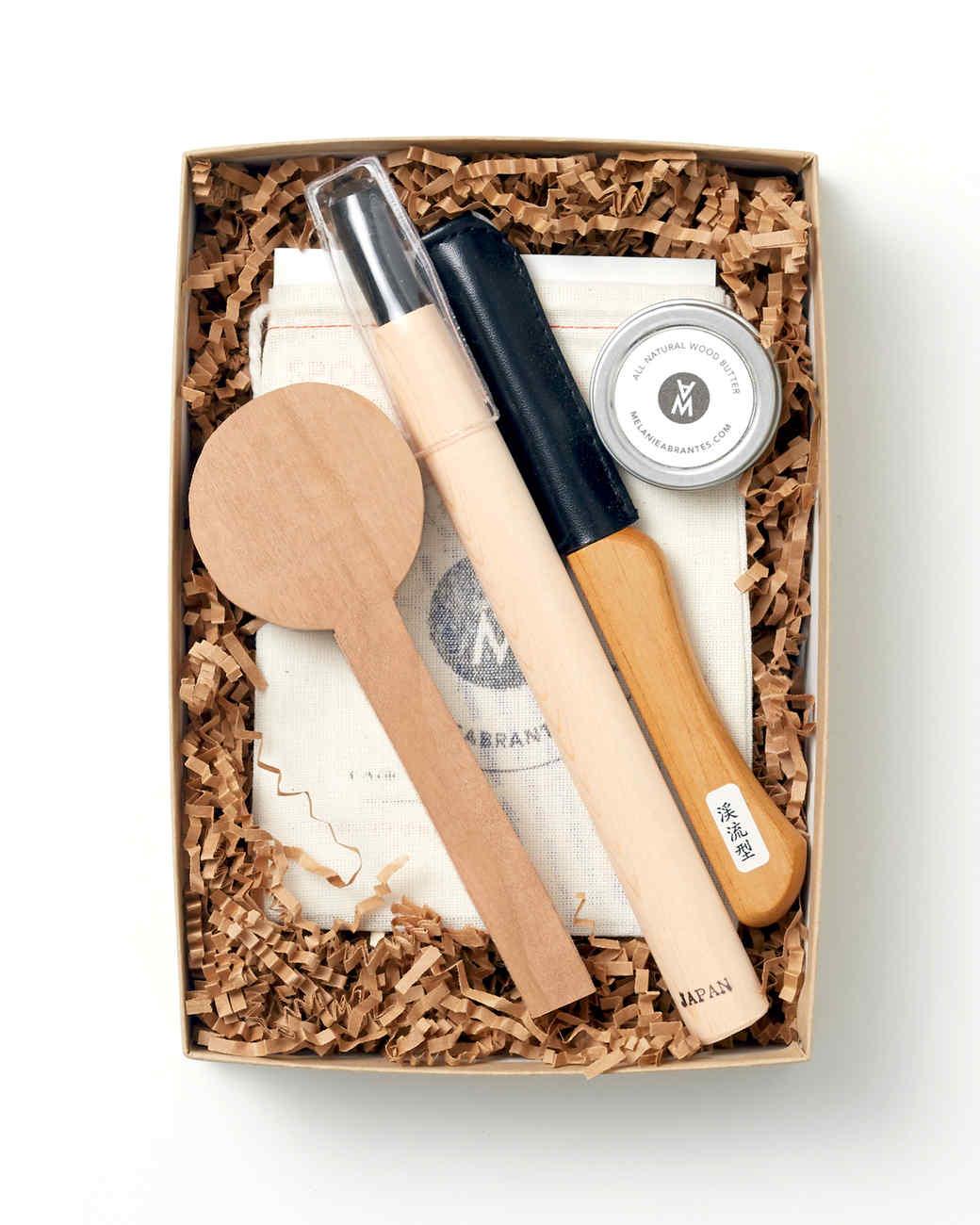 japanese-wooden-spoon-carving-set-001-d112519.jpg