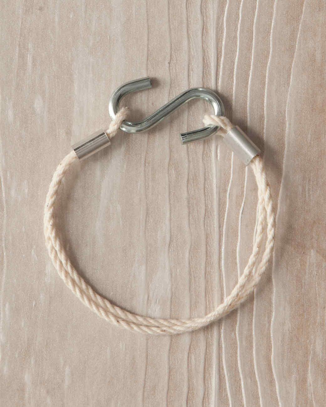 s-hook-bracelet-hardware-jewelry-036-ld110089.jpg