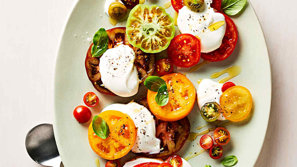 tomatoes with lightly whipped cream