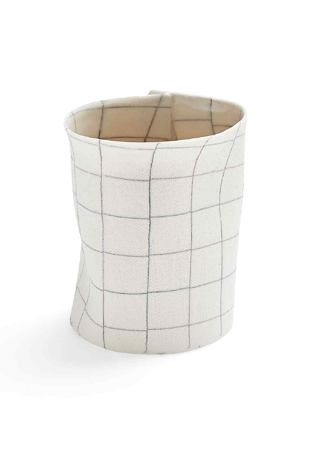 1399056-ovo-cermaics-plaid-porcelain-cup-a-vs2.jpg (skyword:202892)