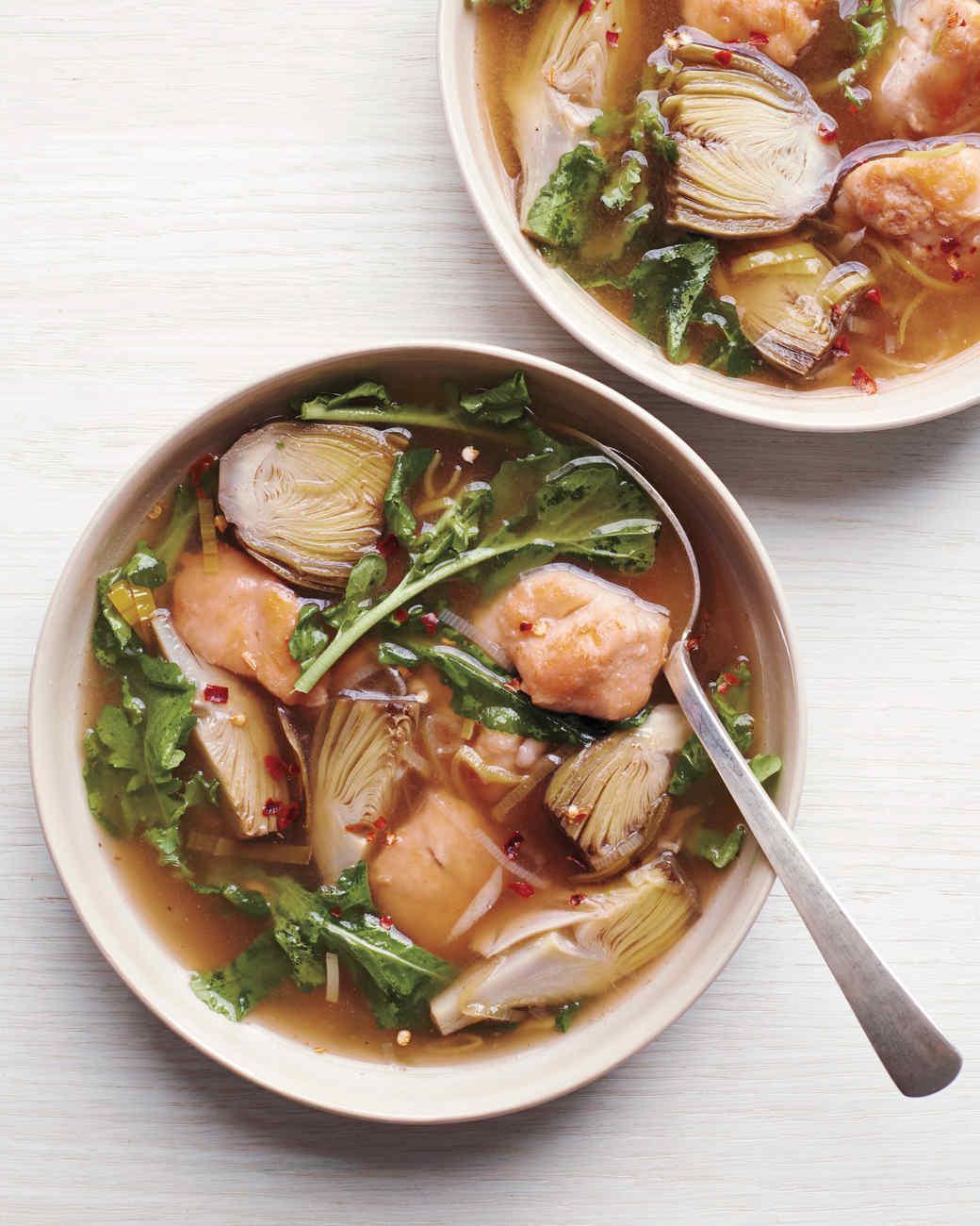 artichoke-and-chicken-soup-beauty-md110879-065.jpg