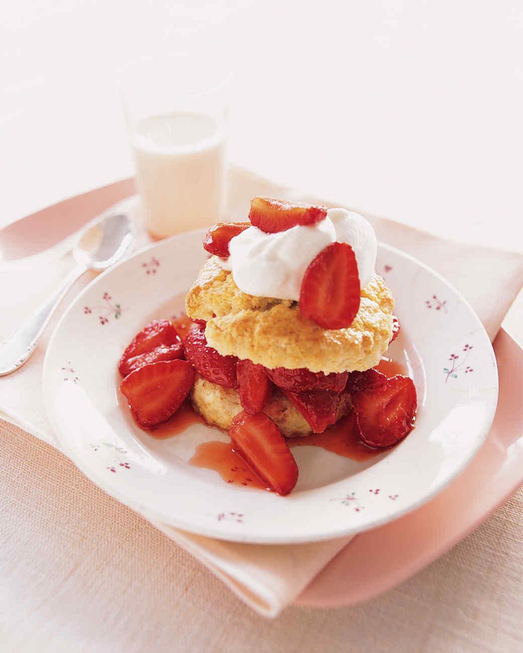 mslkids_sum2002_b16sx_0961_strawberryshortcake.jpg