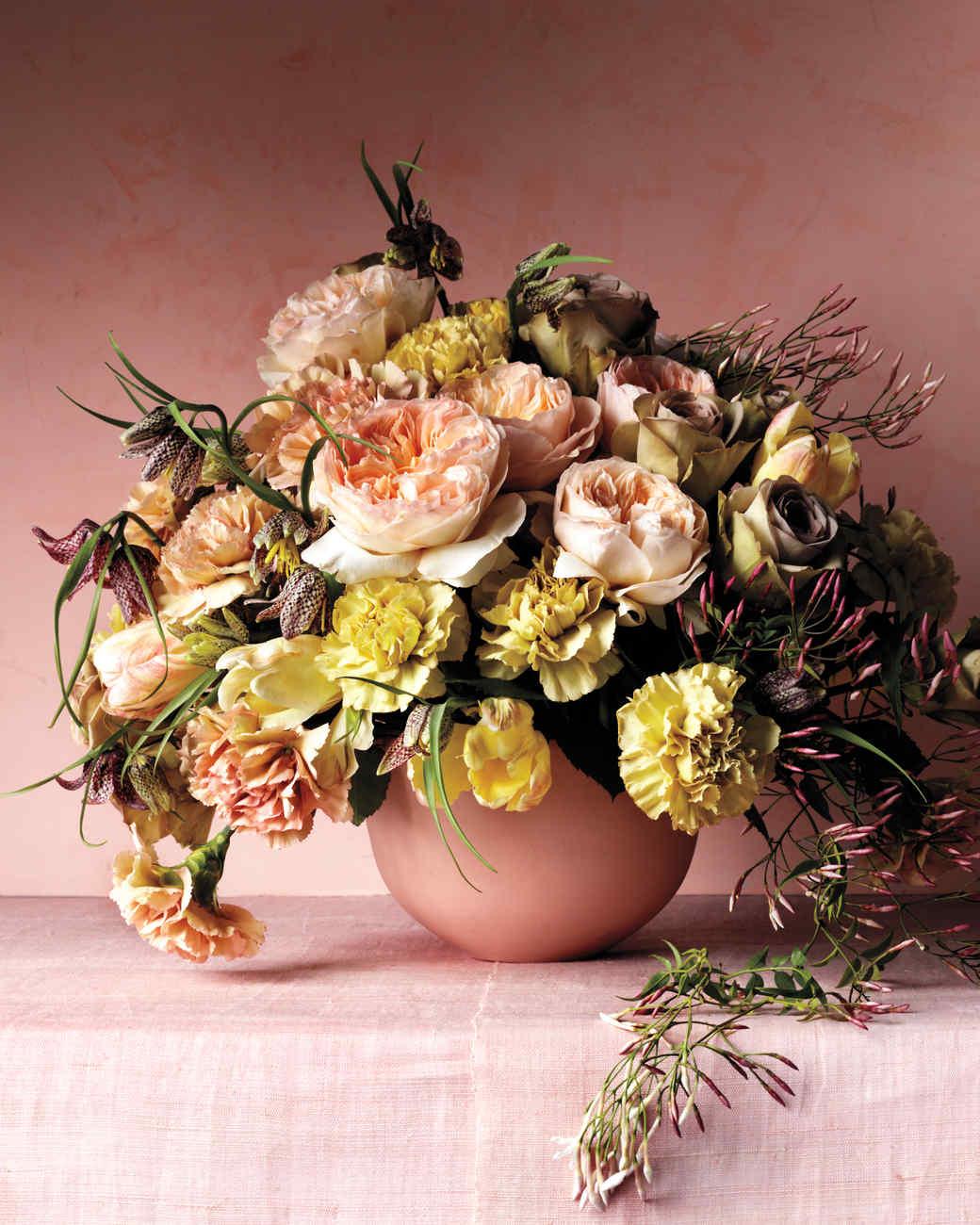 carnations-flower-arrangement-v2-d-comp-d111001.jpg