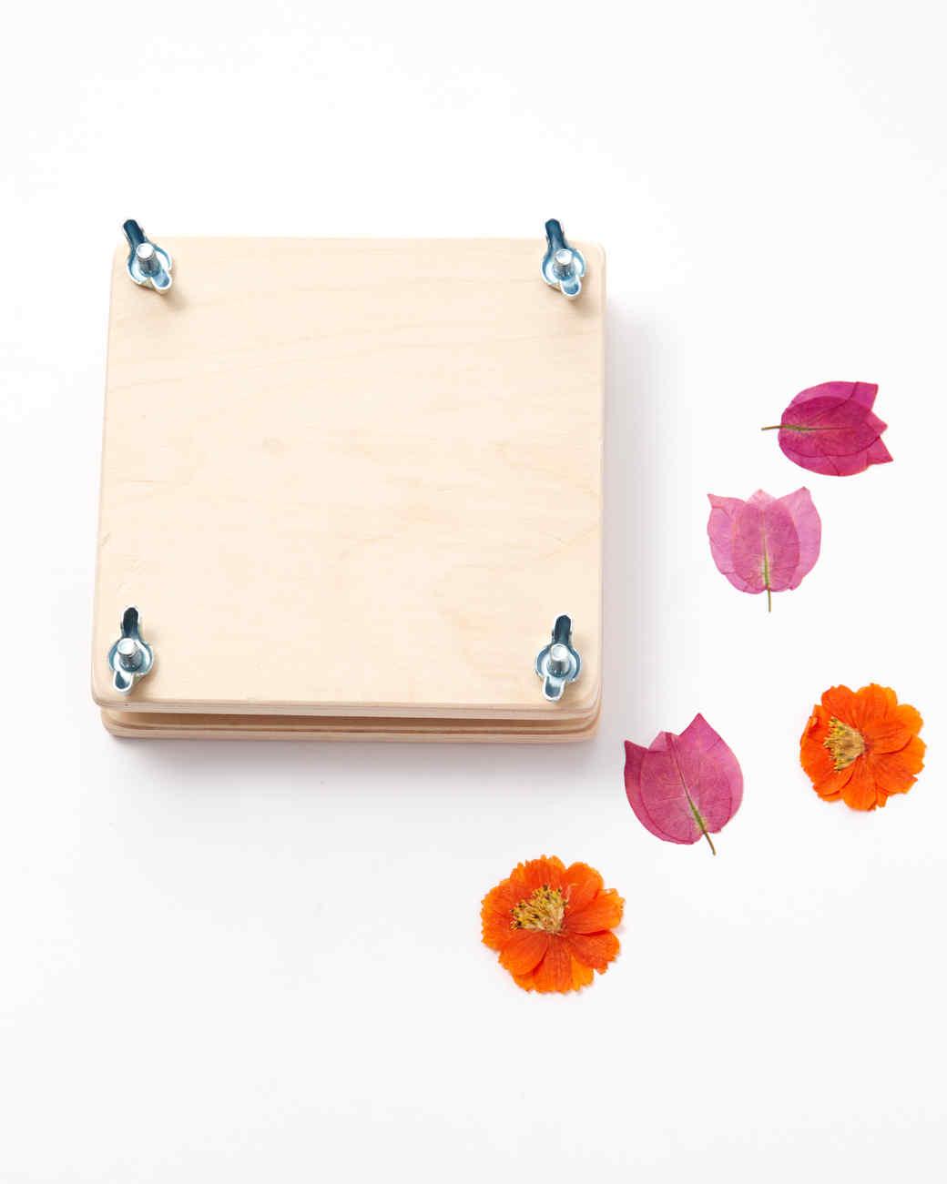 crafty-girl-basket-flower-press-3719-d112789-0116.jpg