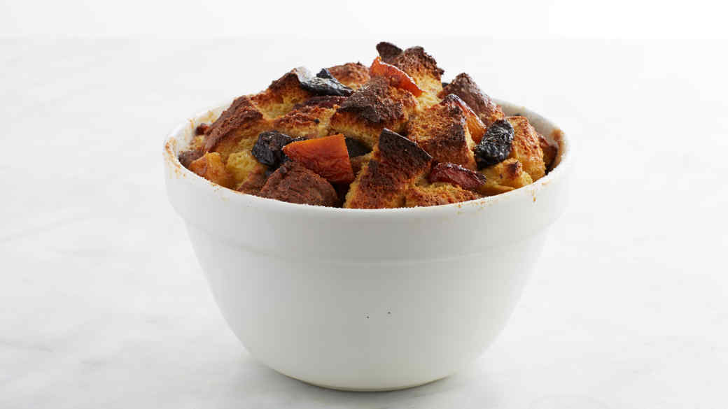 Kris Kringle Bread Pudding