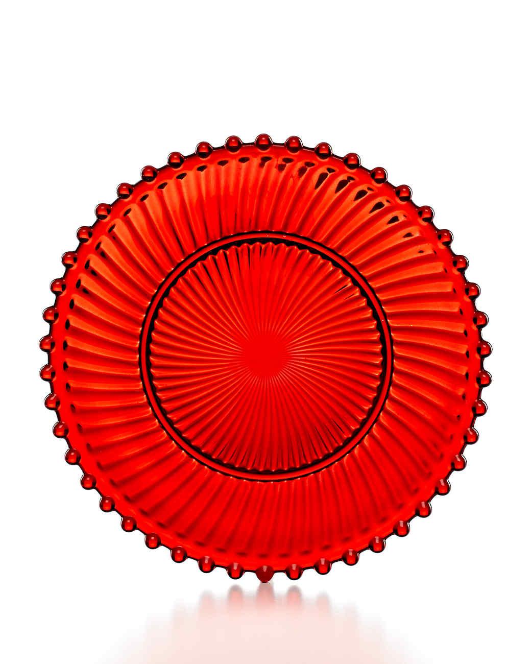 msmacys-dinnerware-red-glass-dessert-plate-mrkt-1013.jpg