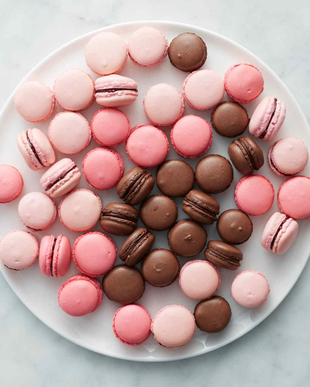 martha-bakes-french-macarons-cropped-235-d110936-0414.jpg