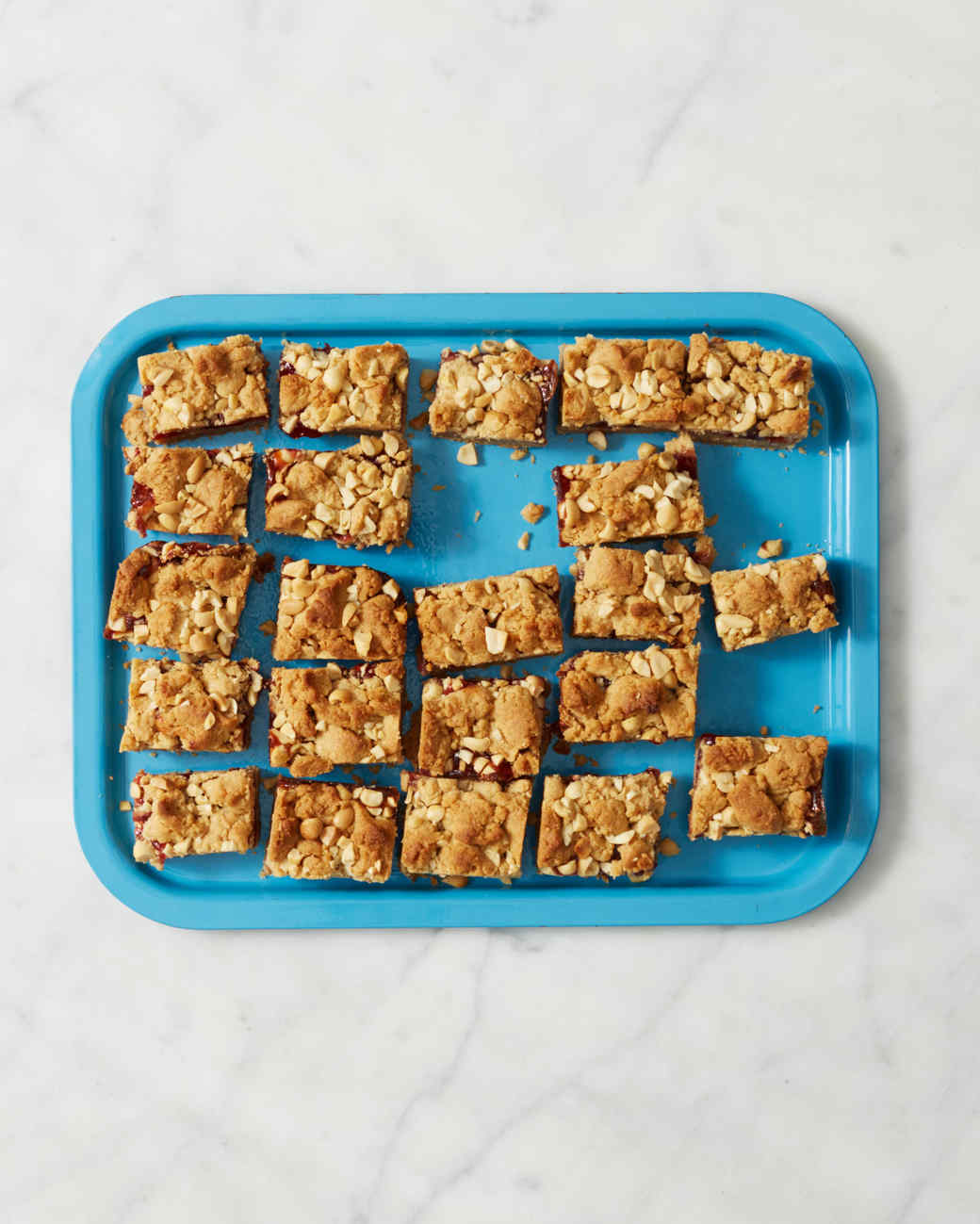 martha-bakes-peanut-butter-jelly-bars-214-d110936-0414.jpg