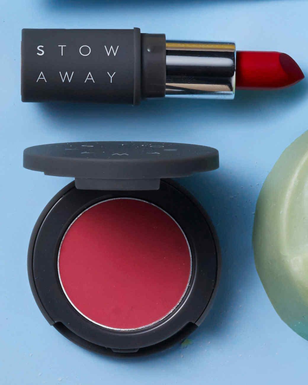 travel-676-d113015-12-stowaway-cosmetics-creme-lipstick.jpg