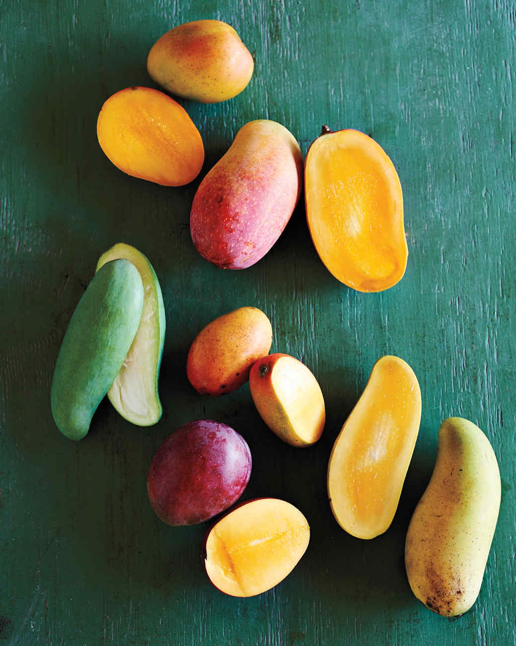 tropical-fruit-pine-island-florida-glossary-mango-096-d112247.jpg