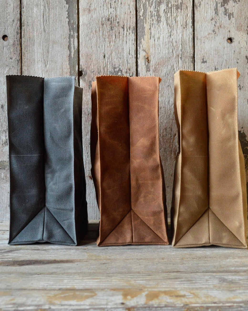 peg-and-awl-waxed-canvas-marlowe-lunch-bag-6-color-options-0914.jpg
