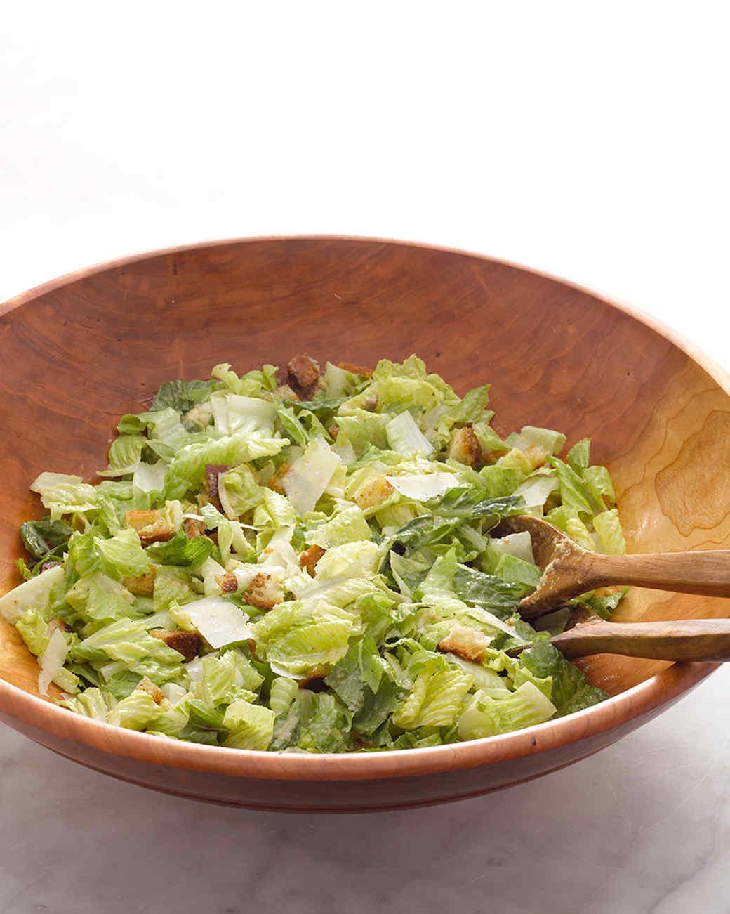 martha-stewart-cooking-school-caesar-salad-am-0009-d110633-20130923.jpg