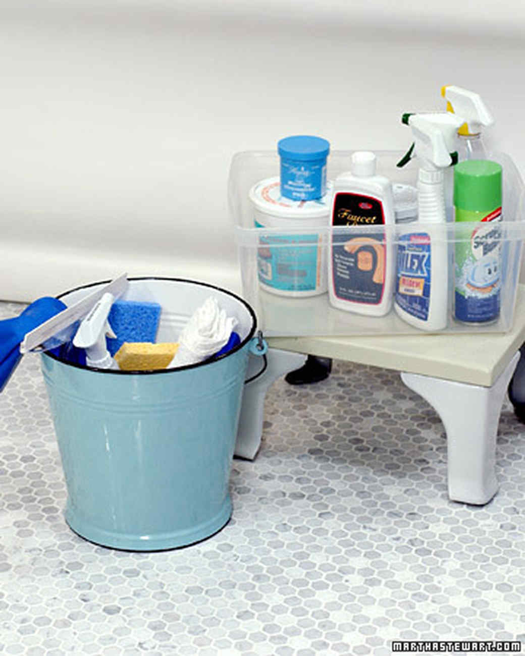 Make bathroom cleaner - Prevent Bathtub Rings