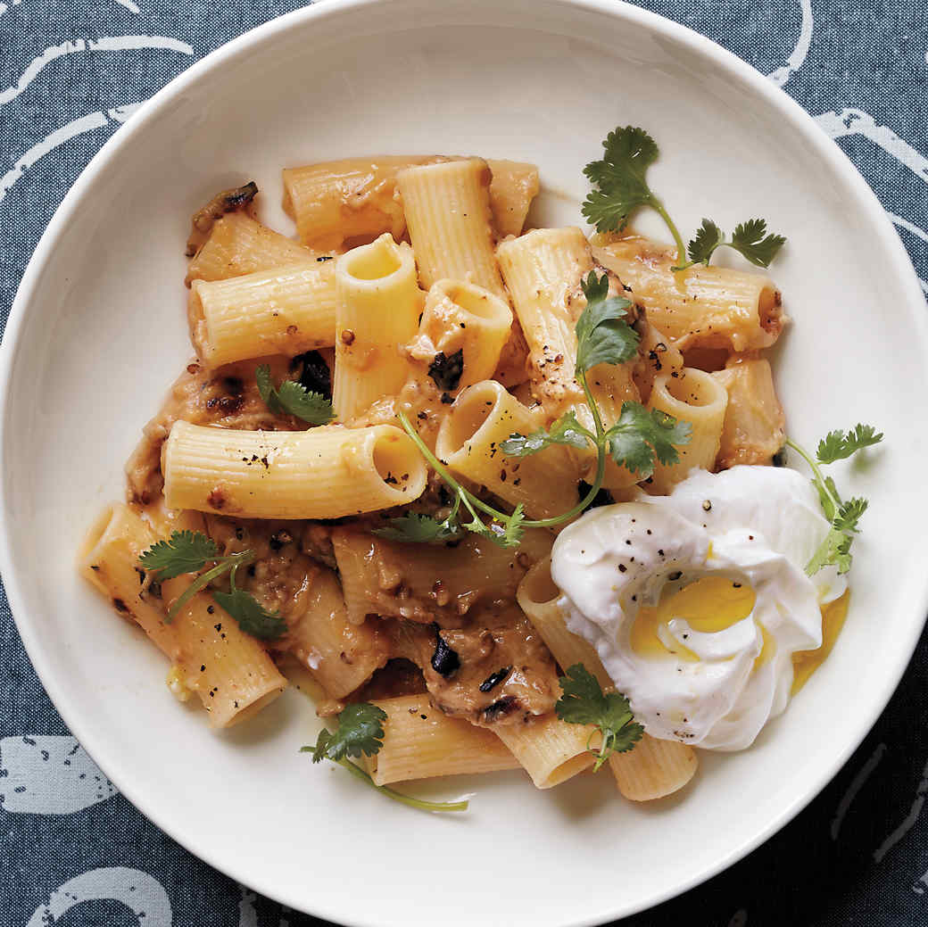 Rigatoni with Eggplant and Yogurt