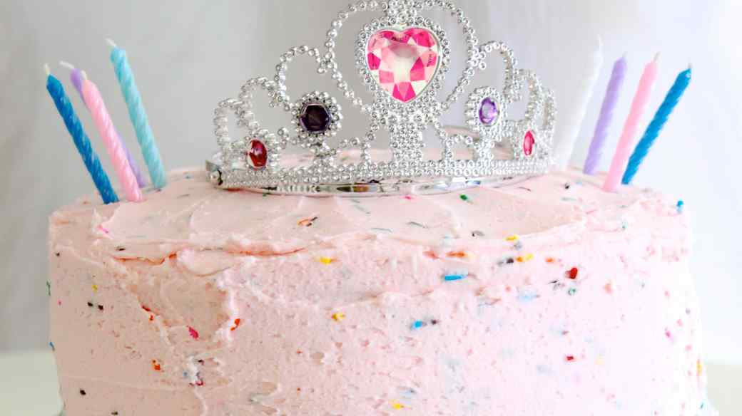 How to Throw the Perfect Pink Princess Party