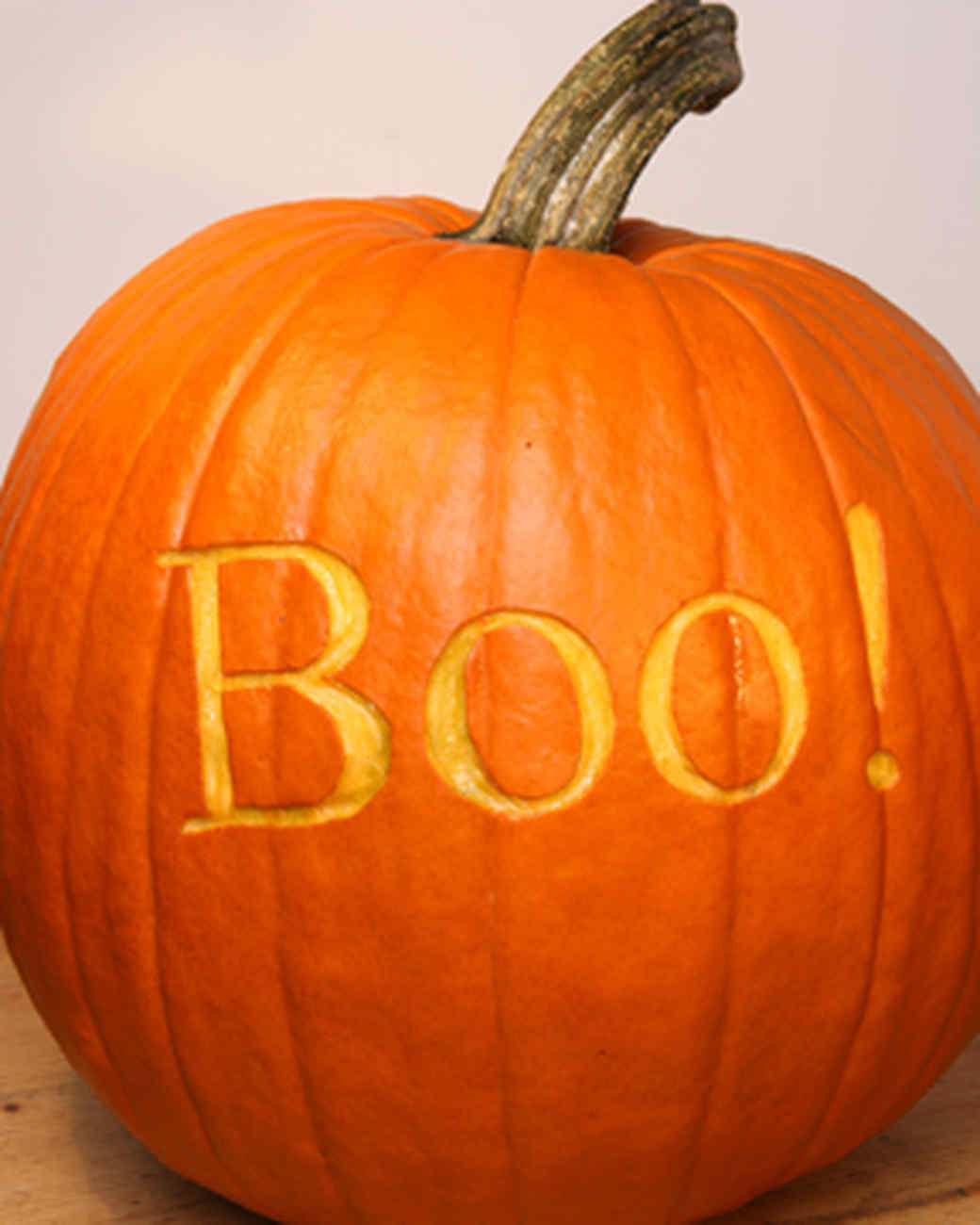 Pumpkin carving basics video martha stewart for Boo pumpkin ideas