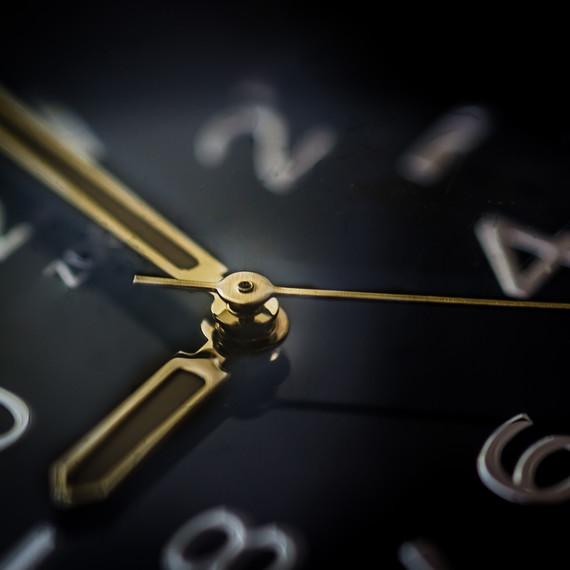 clock-face-1216.jpg (skyword:377710)