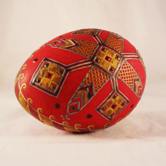 egg-red-wax-0215