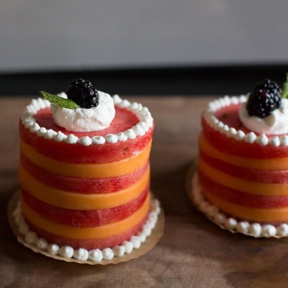 Finished mini melon cakes