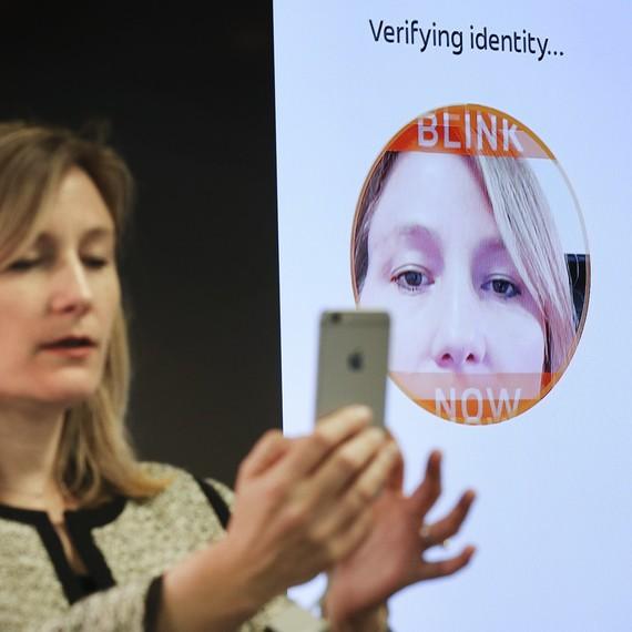 MasterCard Selfie Pay