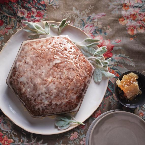 honey-cake-md110802.jpg