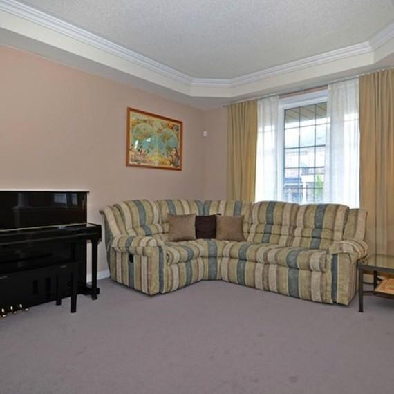 pastel-living-room_1_0116.JPG (skyword:225725)