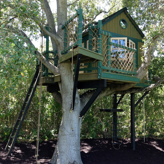 robin hoods fort treehouse