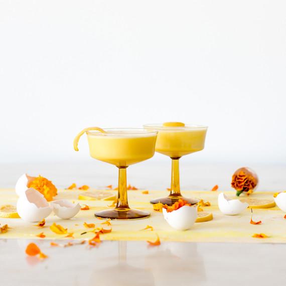 cocktail_yellow_coupes_1217.jpg (skyword:213238)