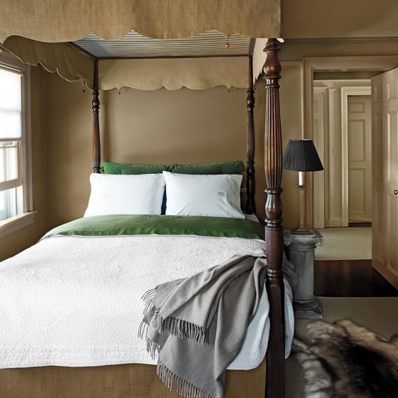 guest-room-038-d111300.jpg