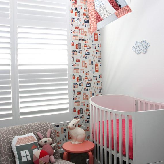 wallpaper-nursery-0516.jpg (skyword:269837)