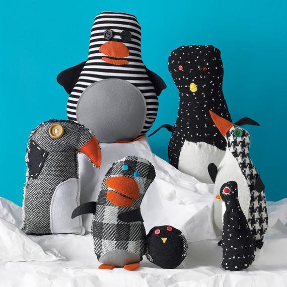 mkd101699_wi08_penguins.jpg