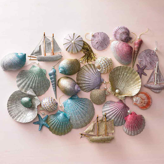 seashell-ornaments-0616.jpg (skyword:289598)