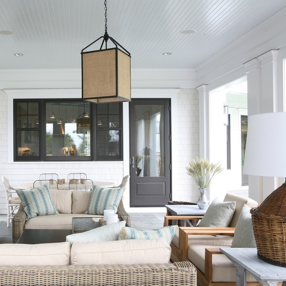 simple-living-room-0916.jpg (skyword:333077)