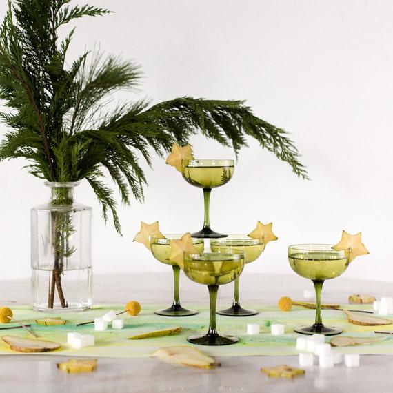 cocktail_holiday_greenery_1216.jpg (skyword:213248)