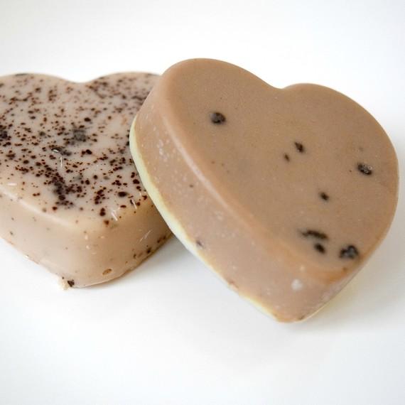milk-chocolate-soap5-0117.jpg (skyword:389180)