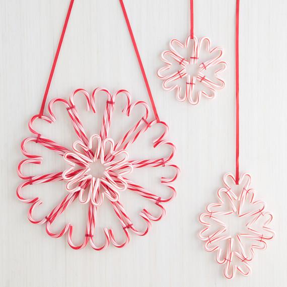 candy-cane-wreath-0363-d11.jpg